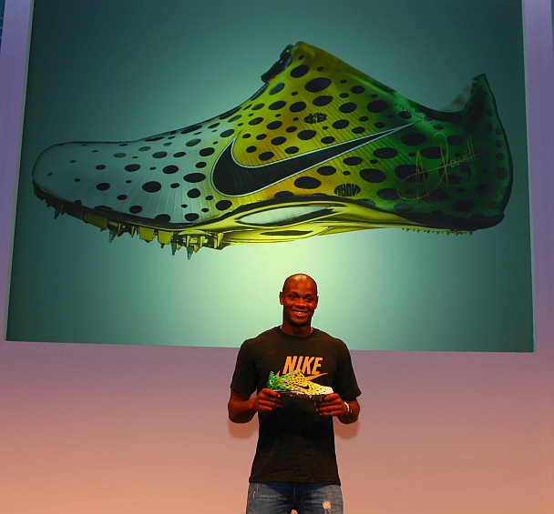 Asafa Powell at official launch of the Aerofly